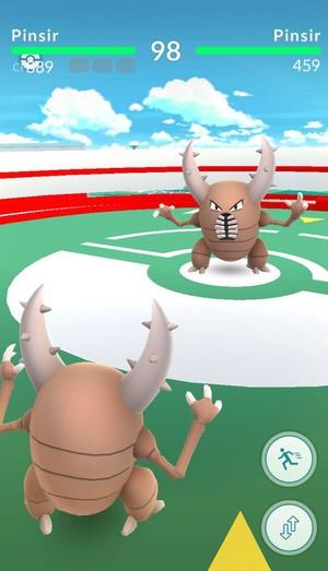 Momento do jogo em que os pokémons lutam  (Foto: Reprodução)