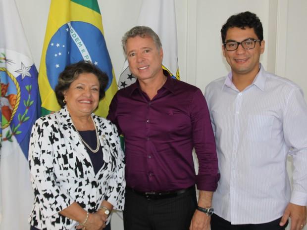 A presidente do Conselho Regional de Contabilistas se reuniu com o prefeito Miguel Jeovani (Foto: Marcelo Fiqueiredo/Ascom)