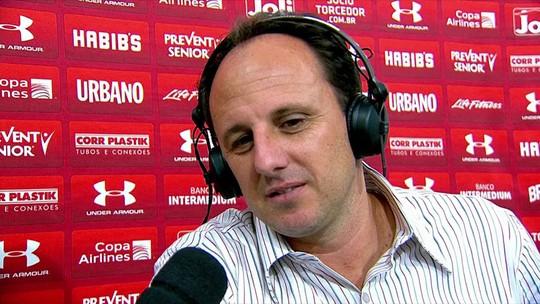 "Rogério Ceni fica ""chateado"", mas Muricy vê São Paulo no caminho certo"