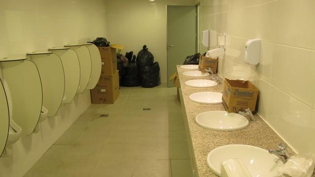 banheiros castelão (Foto: Leandro Canônico)
