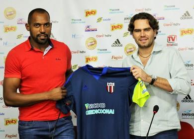 Neneca e Fernando Gelfuso, Botafogo-SP (Foto: Rogério Moroti/Agência Botafogo)