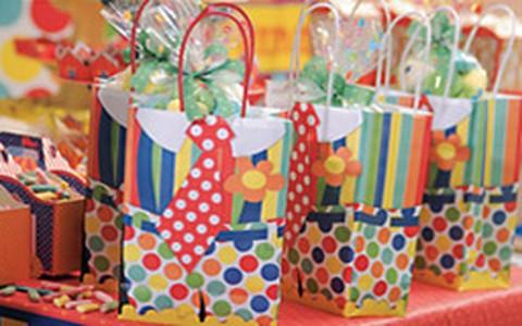 Festa infantil: da decoração às lembrancinhas; faça você mesmo