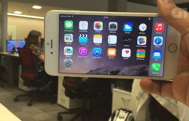iPhone 6 Plus é o maior smartphone que a Apple já criou. (Foto: Reprodução/G1)
