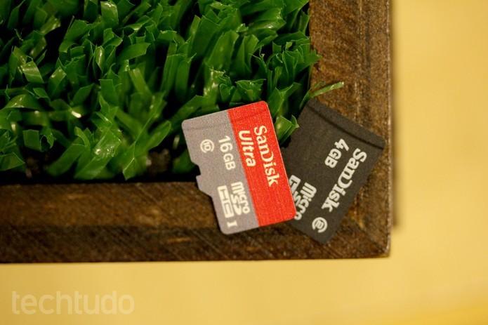 Cartões microSD podem ser reaproveitados no LG G5 (Foto: Lucas Mendes/TechTudo) (Foto: Cartões microSD podem ser reaproveitados no LG G5 (Foto: Lucas Mendes/TechTudo))