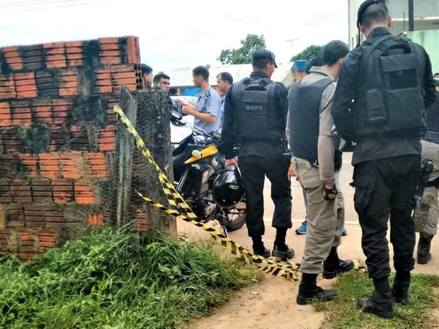 Resultado de imagem para Suspeito de participar de um assalto é morto ao fugir da Polícia Militar