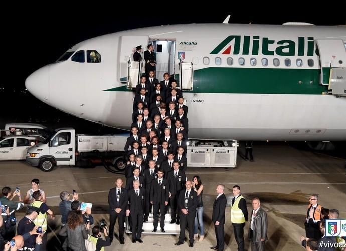 italia avião (Foto: Reprodução / Twitter)