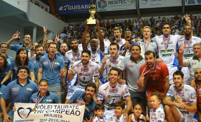 Vôlei Taubaté campeão paulista 2016 (Foto: Danilo Sardinha/GloboEsporte.com)