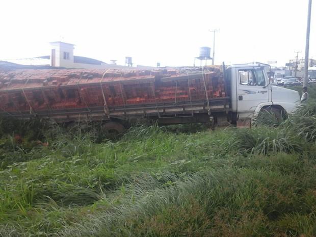 Acidente aconteceu no Km13,8 da BR-135, no Maranhão (Foto: Divulgação/PRF)
