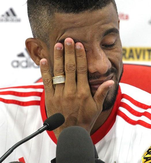 lágrimas no adeus (Gilvan de Souza / Flamengo)