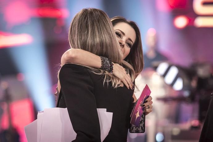 Ain, gente... Como faz pra entrar no meio do abraço dessas lindas??? (Foto: Isabella Pinheiro / Gshow)