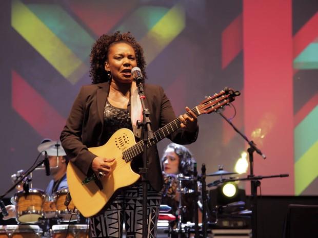 Margareth Menezes faz show em evento em Trancoso, na Bahia (Foto: Marcos Ribas/ Brazil News)