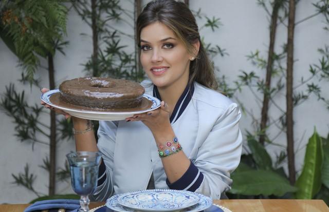 Alô, Doçura: Marcela Tranchesi ensina a receita de um bolo de chocolate dos deuses!  (Foto: Rafael Avancini)