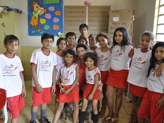 Escola criou classe específica para alunos ciganos, em Itumbiara, Goiás (Foto: Adriano Zago/G1)