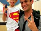 Após duas sessões de quimio em SP, garoto acreano com câncer tem alta