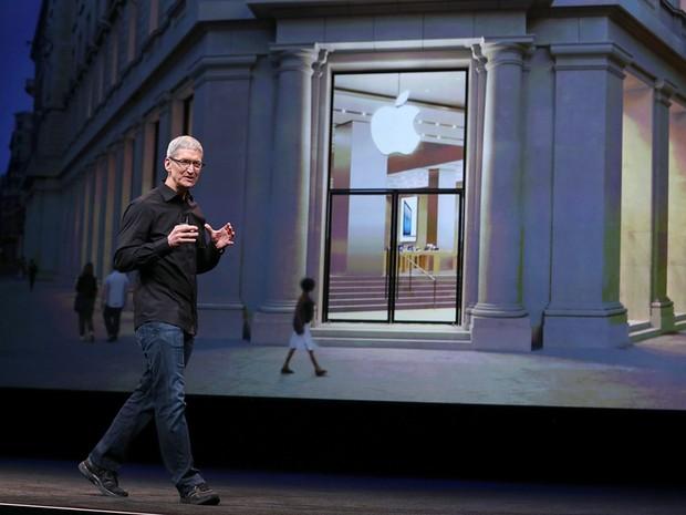 Tim Cook, CEO da Apple, apresenta iPhone 5 (Foto: Getty Images)