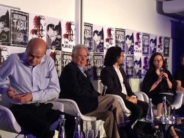 Fernando Henrique (segundo à esquerda) participa de debate em São Paulo (Foto: Roney Domingos/G1)