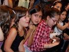 Fãs de Luan Santana choram em gravação de programa