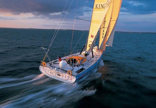 Kingfisher, barco no qual Ellen MacArthur cruzou os mares sozinha (Foto: Divulgação)