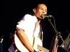 Show faz homenagem a Caetano Veloso em Rio das Ostras, no RJ