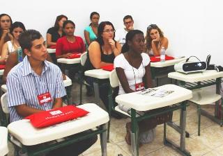Programa já empregou seis pessoas das 24 que participam da primeira turma (Foto: Jonais de Morais/Prefeitura de Mongaguá)