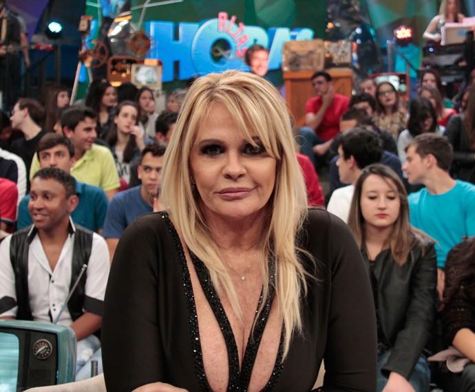 Monique Evans participa da gravação do programa Altas Horas (Foto: Marcos Mazini/Gshow)