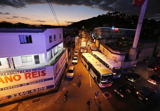 Trânsito no Rio de Janeiro (Foto: Mario Tama/Getty Images)