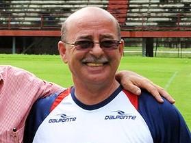 Gilson Gênio, técnico do São Pedro (Foto: Nina Lima/Lancenet)