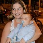 Casal agradece cura de filho de oito meses (Viviane Machado/ G1 ES)