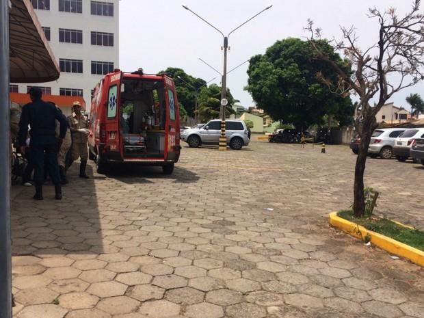 Fiscal de prova passa mal antes do início do Enem em Campo Grande (Foto: Maria Caroline Palieraqui/G1 MS)