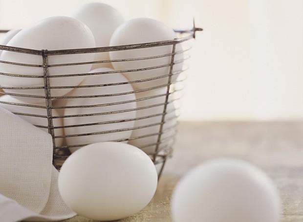 Ovos com casca não devem ser congelados (Foto: Stock Photos)