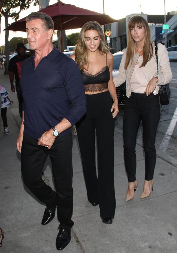 Sylvester Stallone e Jennifer com a filha Sophia (Foto: AKM-GSI)