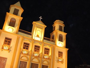 Réplica da Catedral de Campina Grande no  Parque do Povo  (Foto: Rafael Melo/G1)