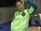 Medalha 'é melhor resposta contra violência do Brasil', diz Rafaela Silva