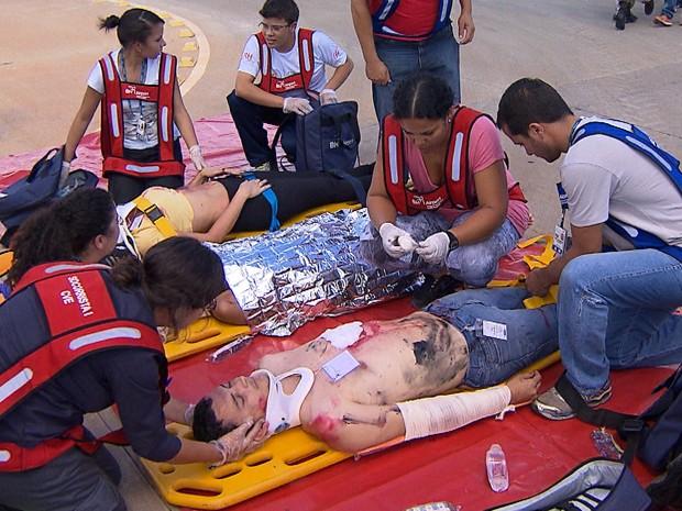 [Brasil] Funcionários participam de simulação de acidente aéreo em Confins Simulado_620