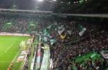 Torcida do Sporting-POR canta em homenagem à Chapecoense