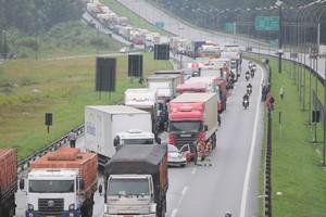Protestos caminhões (Foto: Adriano Lima / Brazil Photo Press / Agência OGlobo)