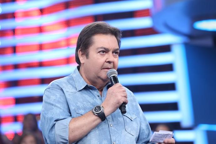 Faustão no palco do 'Domingão' (Foto: Carol Caminha/Gshow)