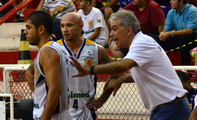 Técnico Luiz Zanon Mannu Quezada André Laws São José Basquete (Foto: Danilo Sardinha/GloboEsporte.com)