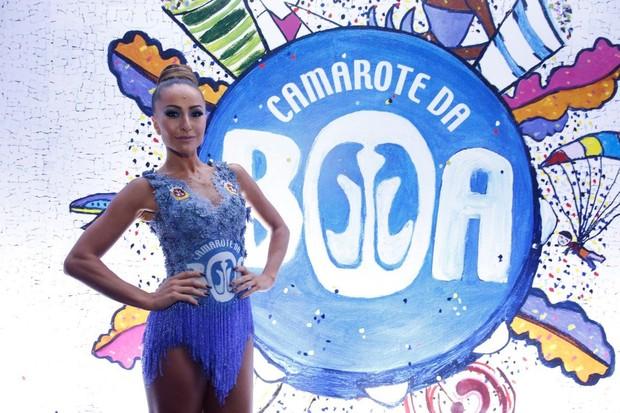 EGO - Sabrina Sato usa look curtinho para assistir a desfiles na ... b5ef4f734b
