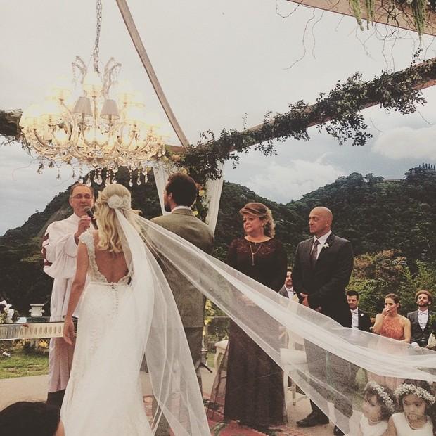 Casamento Eduardo Sterblitch e Louise D Tuani (Foto: Reprodução / Instagram)