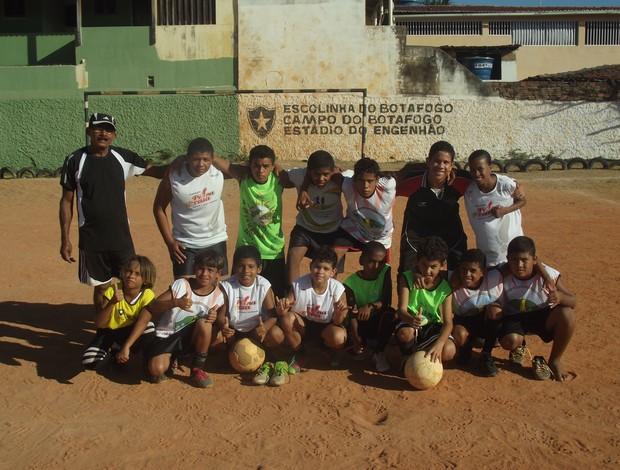 ONG atende a cerca de 50 crianças por ano (Foto: Matheus Magalhães/GLOBOESPORTE.COM)