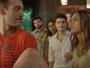 Alina invade despedida de solteiro de Uodson e vê cena desagradável