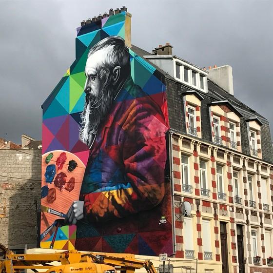 Kobra esteve ano passado  na casa do Monet, em Giverny, na França, e ficou inspirado com tudo o que viu (Foto: Divulgação)