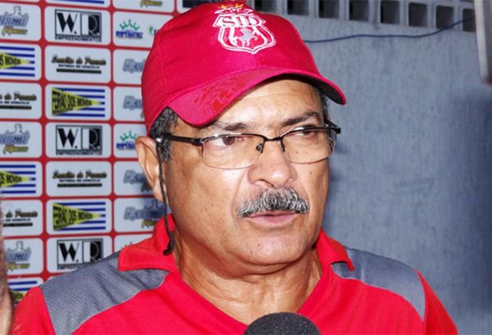 Técnico Sandow Feques estava sem clube desde trabalho no Imperatriz no ano passado (Foto: João Rodrigues / Imirante Imperatriz)