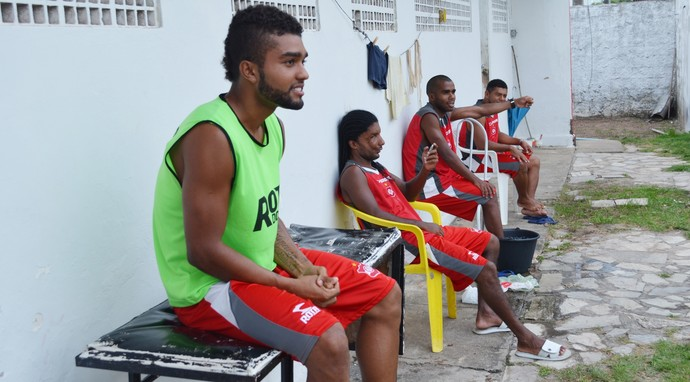 Campeonato Paraibano: Com salários atrasados, jogadores e comissão técnica do Auto Esporte ameaçam entrar em greve