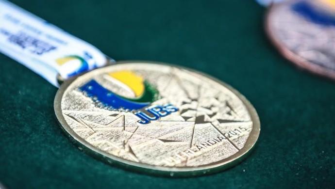 Medalha dos JUBs 2015 (Foto: Dilvugação/CBDU)