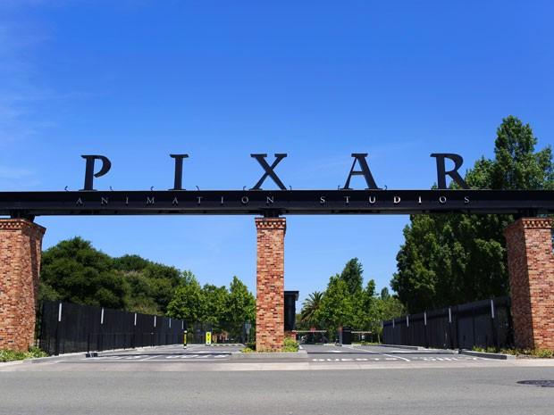 Entrada do campus da Pixar, em Emeryville, na Califórnia (Foto: Divulgação)