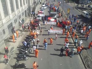 Protesto de estivadores em Santos chega ao fim (Foto: Mariane Rossi/G1)