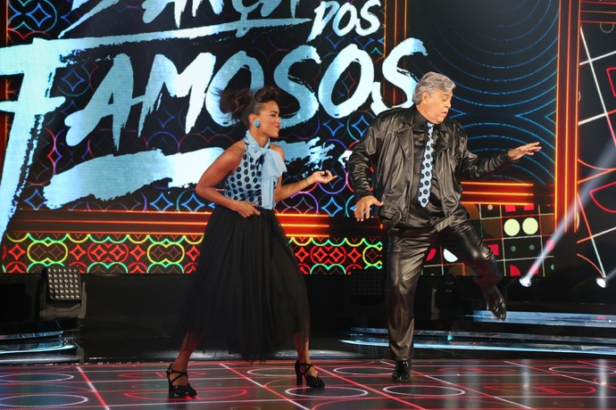 Casal dançou clássico  (Foto: Carol Caminha/Gshow)