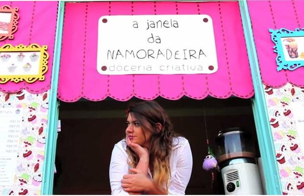 Iara, dona da doceria criativa \'A Janela da Namoradeira\' (Foto: Reprodução/Facebook)